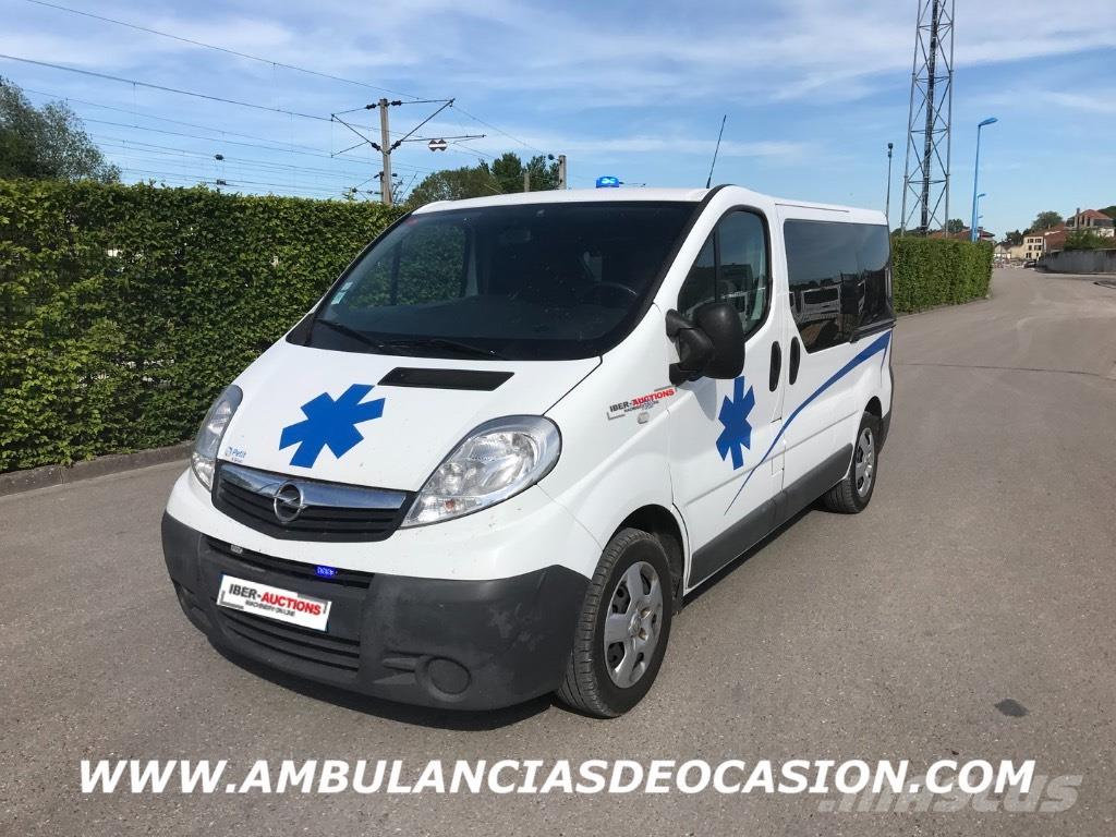 [Other] AMBULANCIA OPEL VIVARO 2013