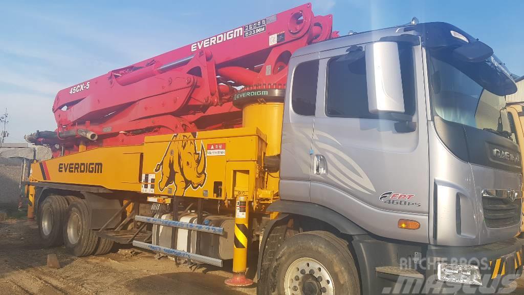 Used Daewoo Everdigm Ecp45cx 45m Concrete Pump Trucks