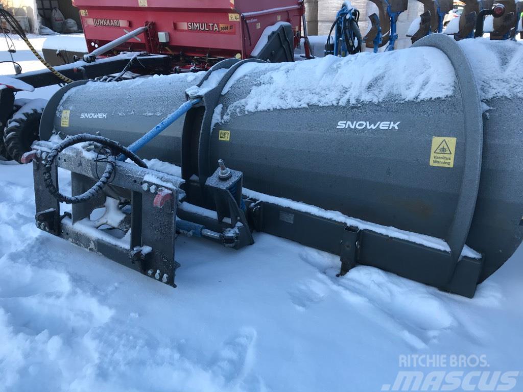 Snowek Aa370