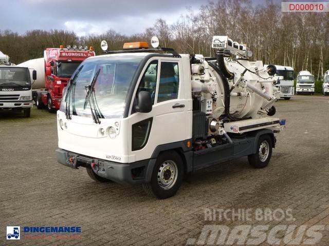 Multicar Fumo M30 4x2 vacuum tank 2.4 m3 + pump