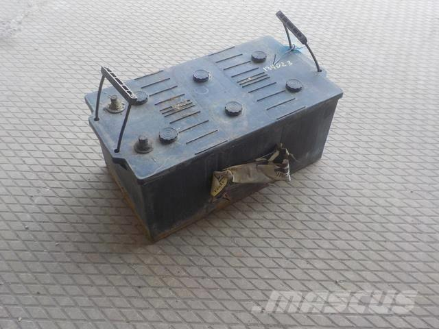 Mercedes-Benz Actros MPII Battery 7DYT001336721 700038105 0092T5