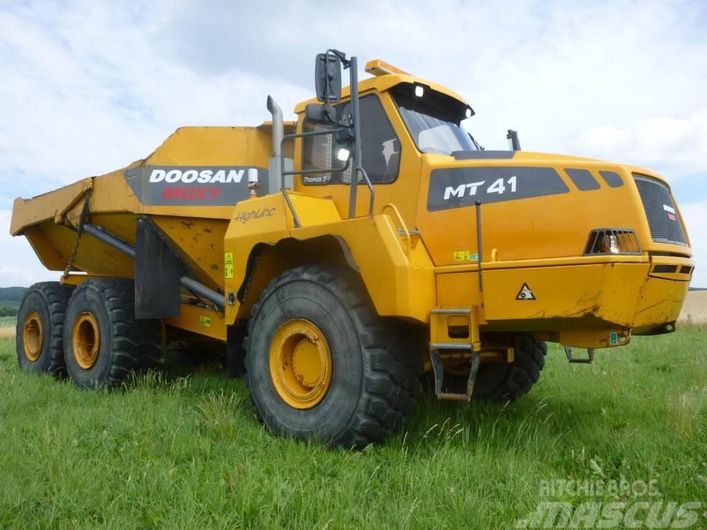 Doosan / Moxy MT 41 / DA 40 (55 km/h, perfect condition)