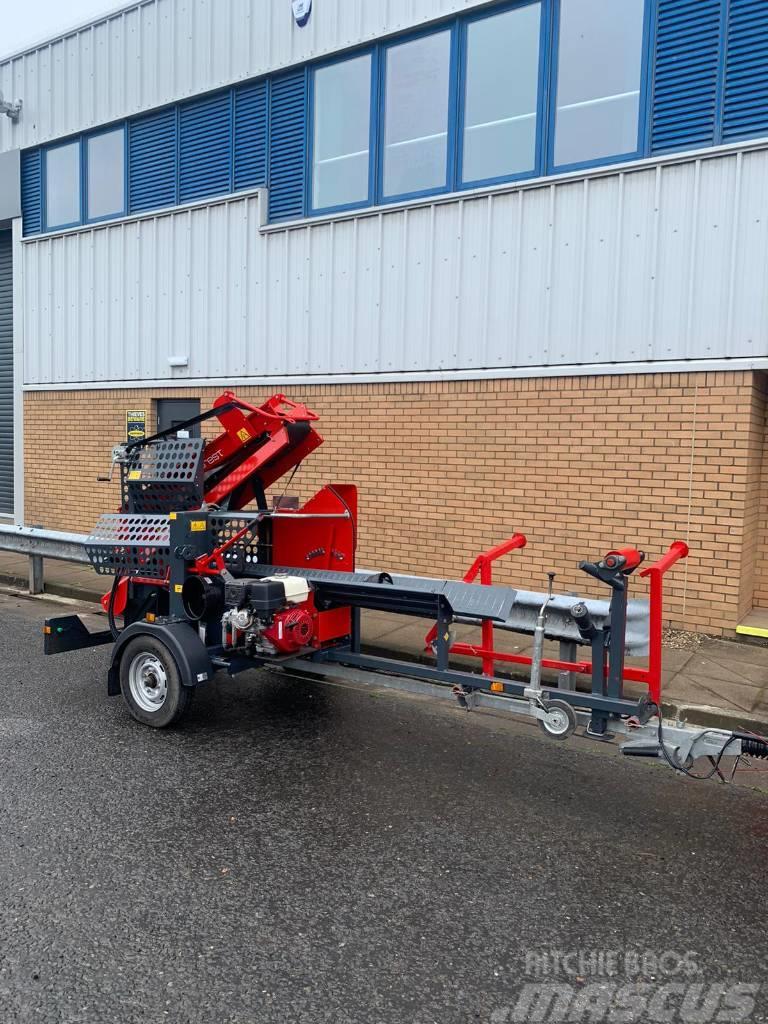 Farmi WP 36 road tow firewood processor