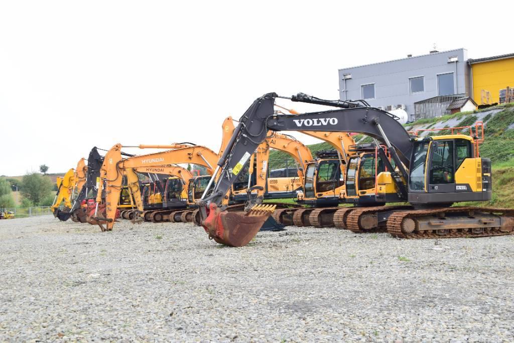 Volvo HYUNDAI , JCB Excavators 15 Units for sale