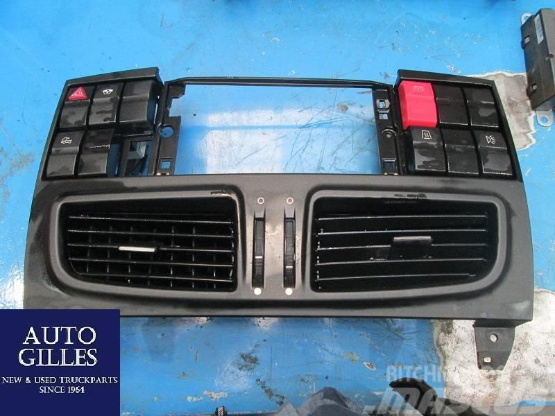 Iveco Ventilationsrahmen + Schalter 504309993 / 50436222