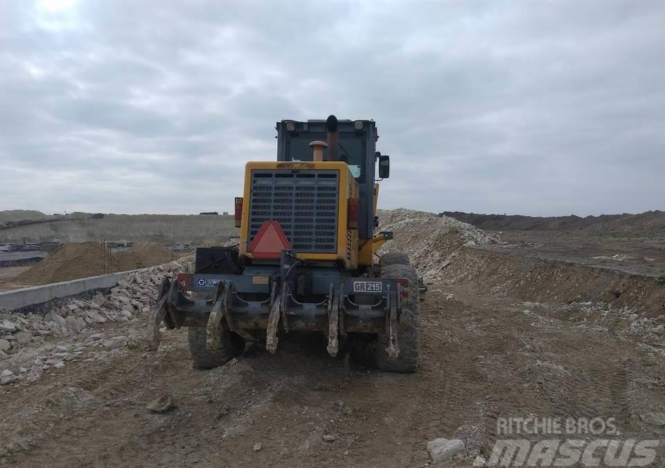 XCMG GR 215 6x6