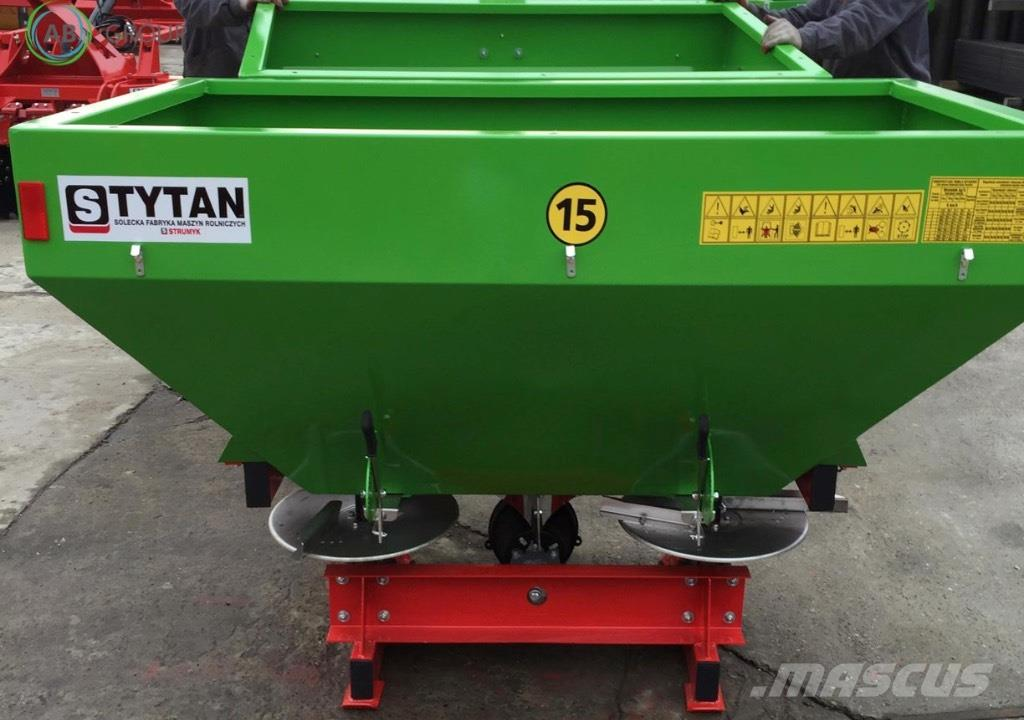 Strumyk Duengerstreuer 800l Tytan/Fertilizer spreader 800l