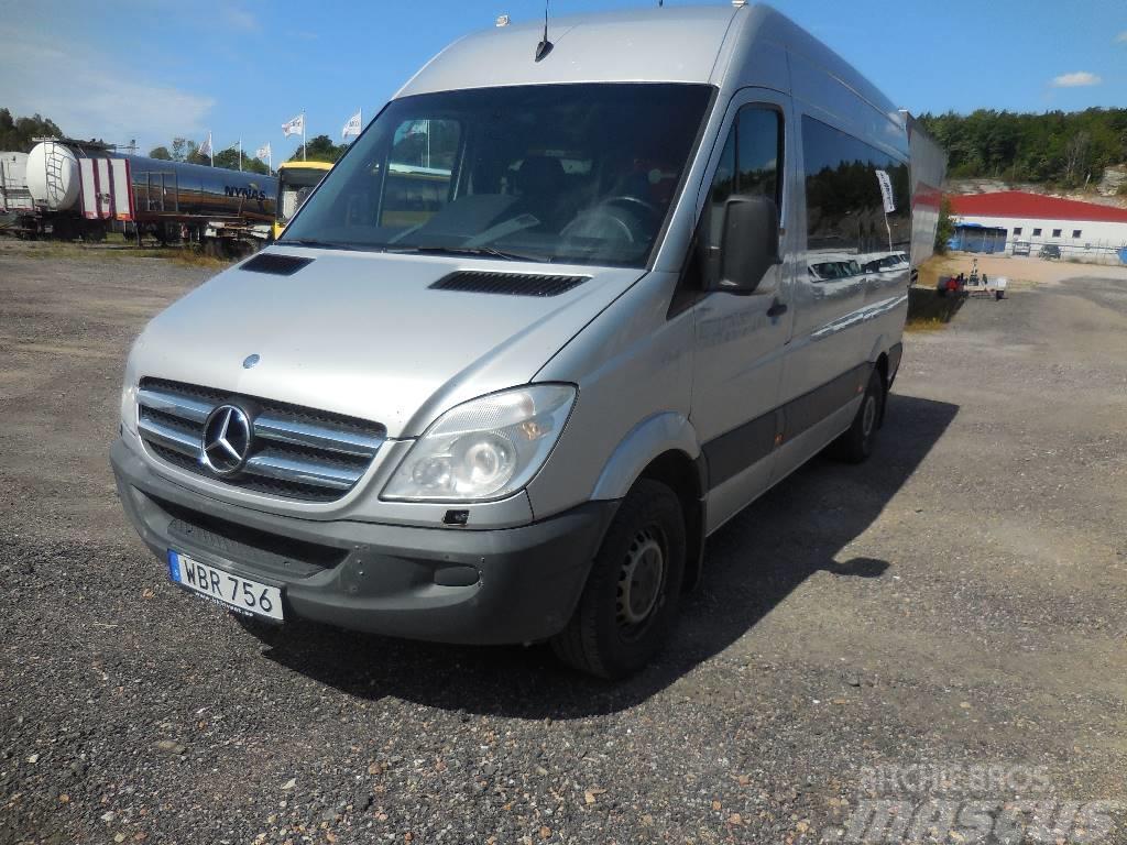 Used mercedes benz sprinter 315 8 pass lift 09 mini bus for Mercedes benz sprinter cost