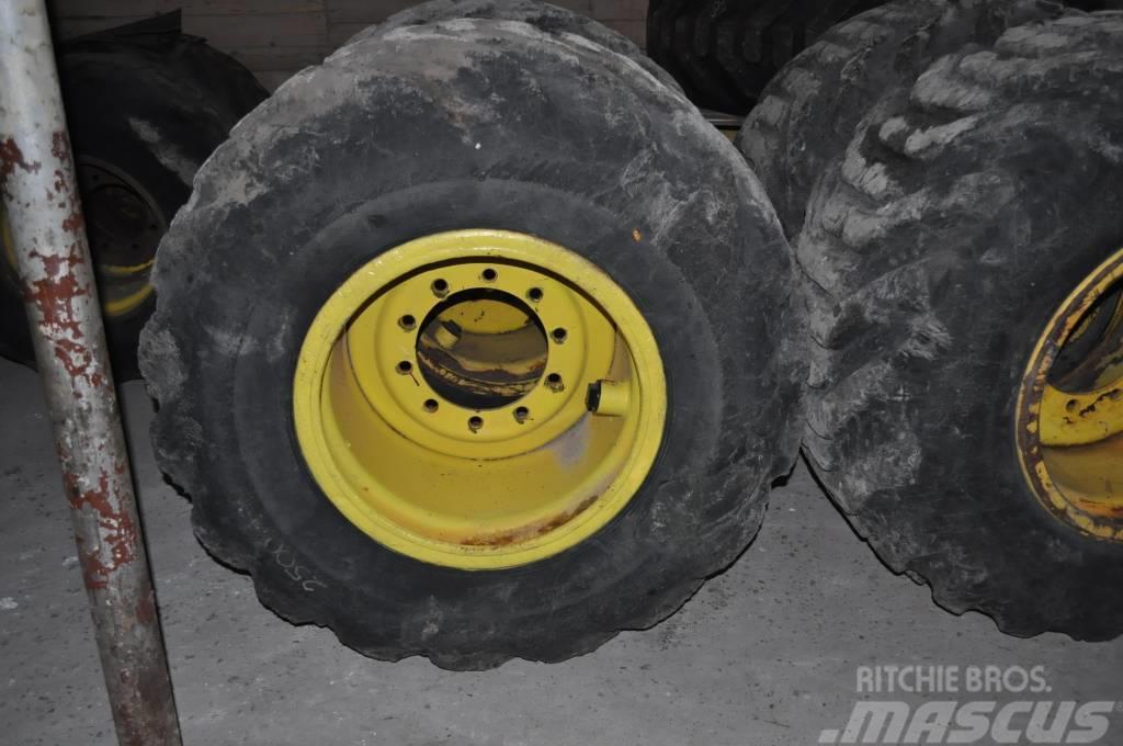 Timberjack 1270B 700/50x26.5