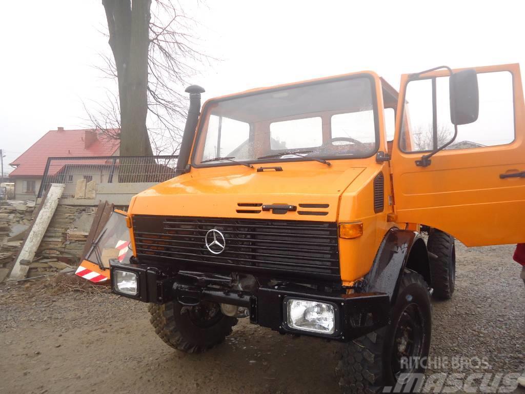 Mercedes-Benz Unimog U1300