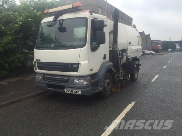 DAF JOHNSTON VT650 DUAL SWEEP