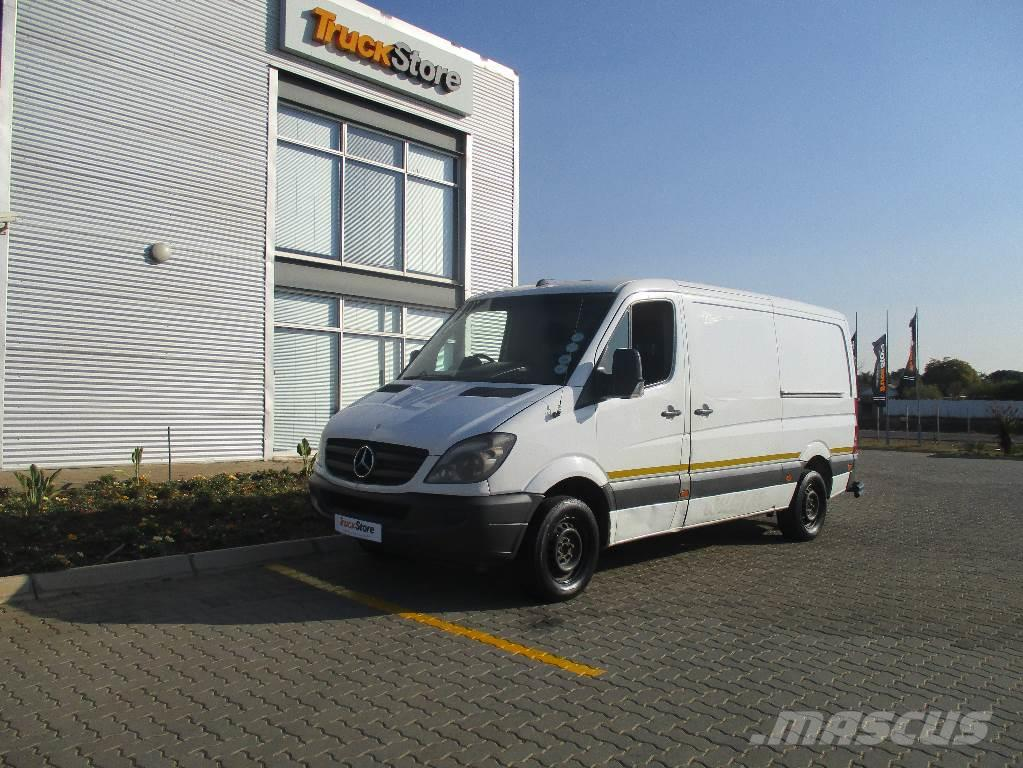 Mercedes benz sprinter 315cdi panel van panel vans for Mercedes benz financial phone number usa