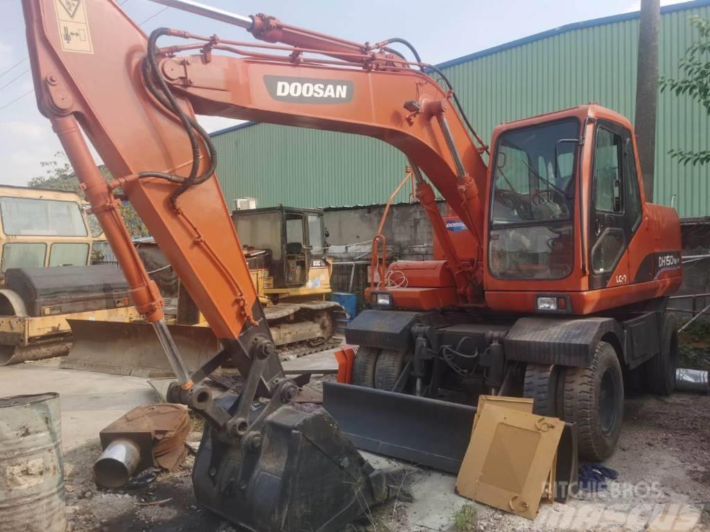Doosan DH150 Wheel Excavator For Hot Sale