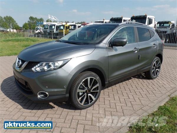 used nissan qashqai 1 5 dci tekna 5 units cars year. Black Bedroom Furniture Sets. Home Design Ideas