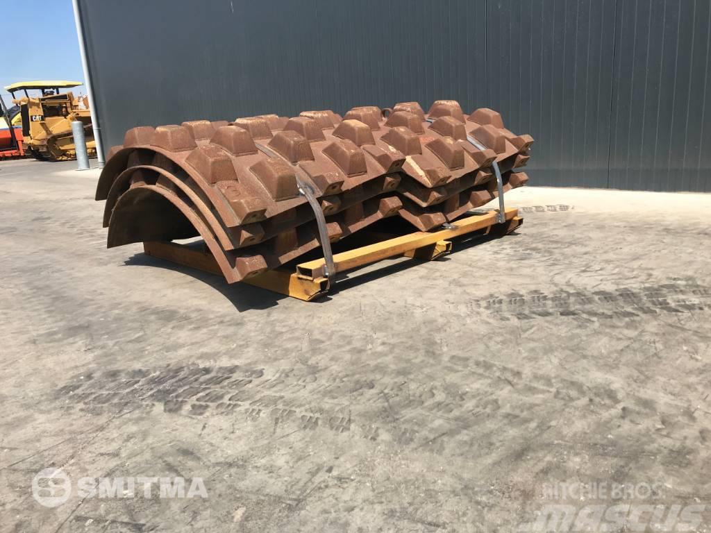 Bomag BW212 PADFOOT KIT • SMITMA