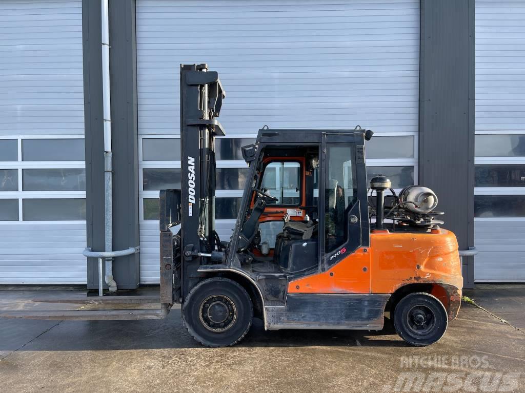 Doosan G50C-5 LPG heftruck 5 ton Forklift