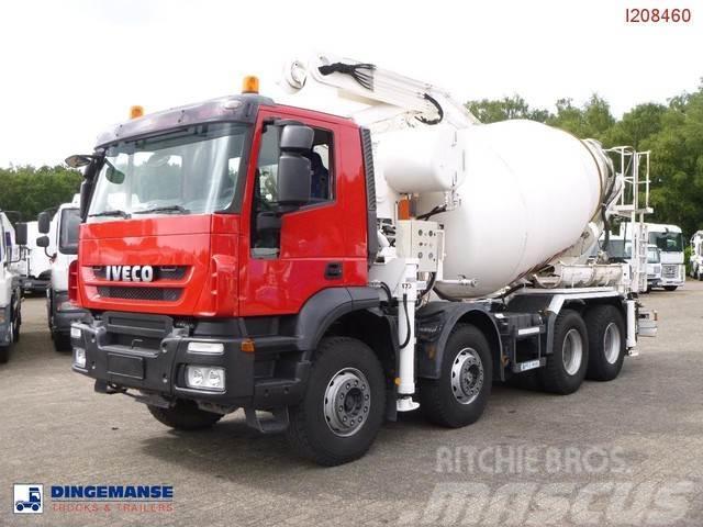 Iveco AD410T45 8x4 pump/mixer 28 m