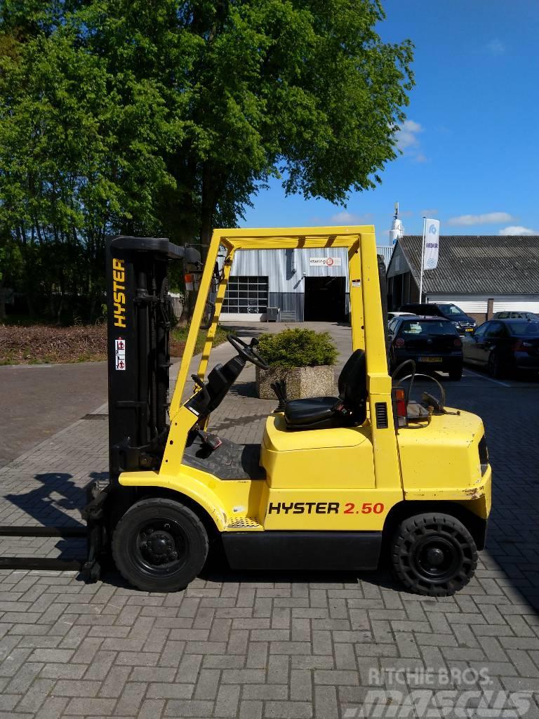 Hyster H2.50XM heftruck