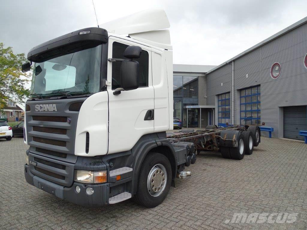 Scania R420 / AUTOMATIC / DAYCABIN / 8X4 / STEERING AXLE