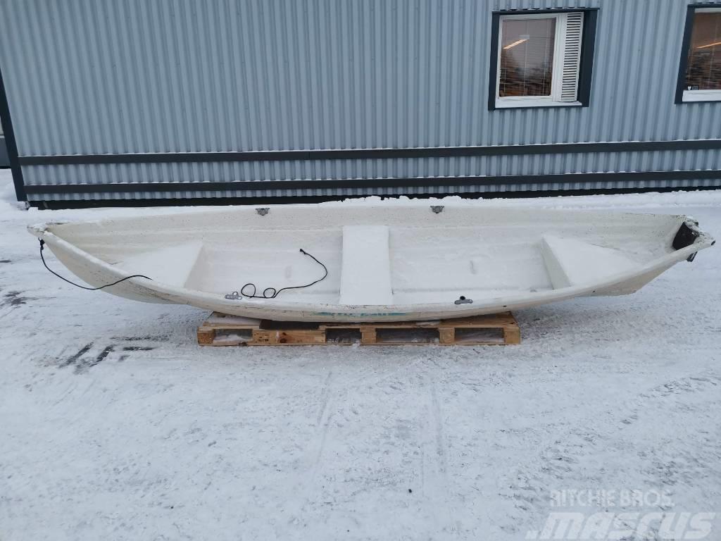 Käpsä Soutuvene 430