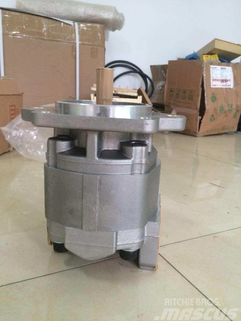 Komatsu WA420-3 pump 705-22-40070