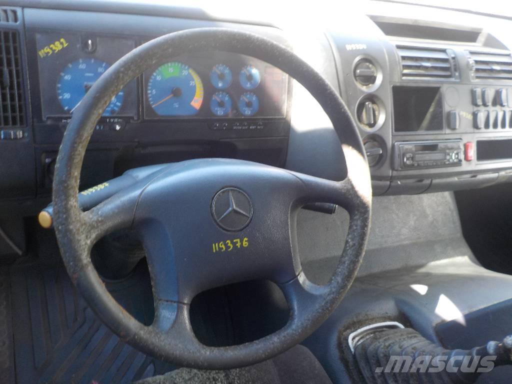 Mercedes-Benz Atego MPI Steering wheel 7DYT001105570