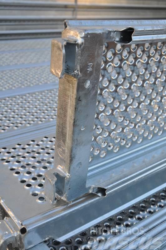 [Other] Scaffolding schelărie schele noi metalica