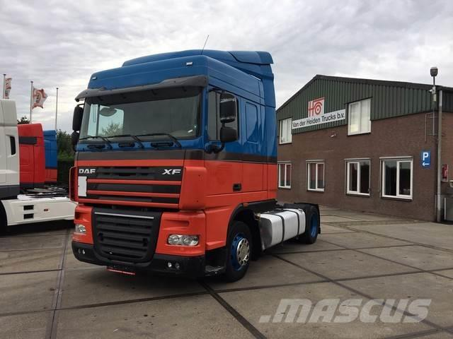 DAF FT XF105 Space Cab   Automaat  635.602 km