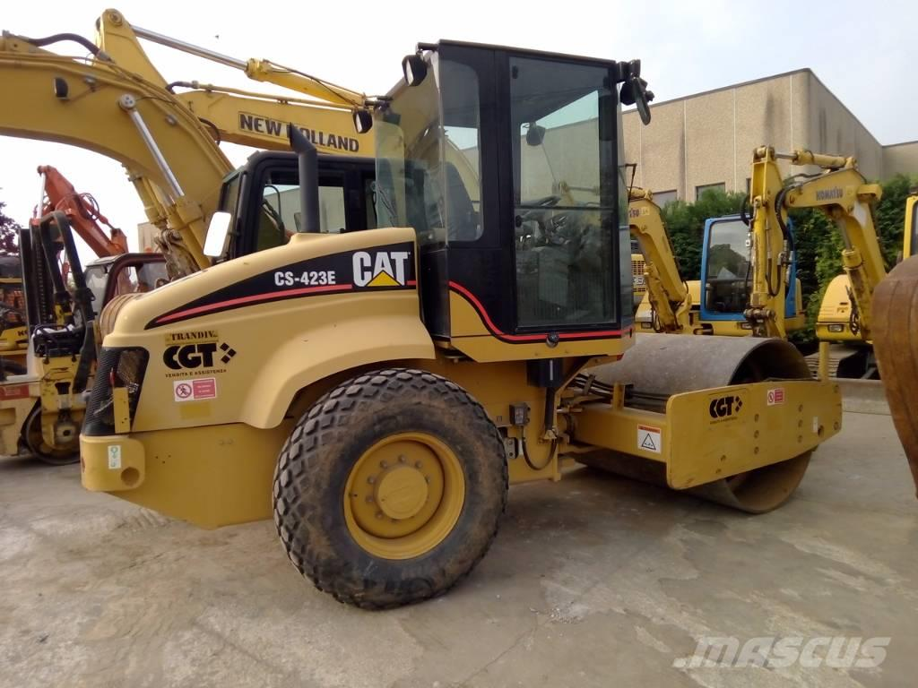 Caterpillar CS 423 E