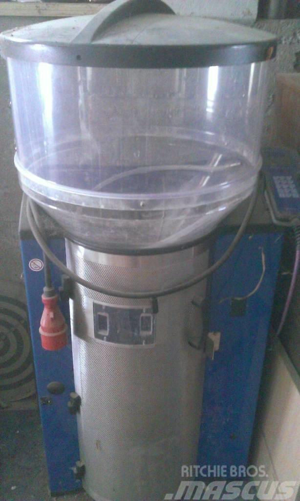 Delaval CF500+ / vasikasöötur