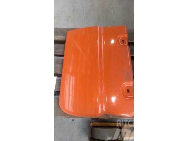 Doosan Tank cover - DX140W DX160W-3 - 621-02940A