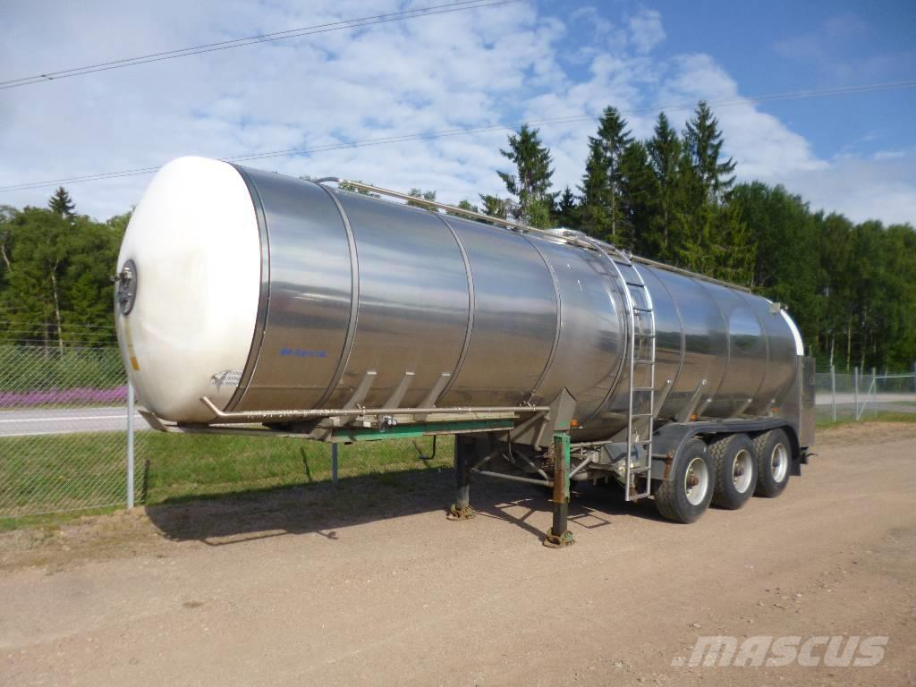 VM Tarm A/S Rostfri mjölktrailer