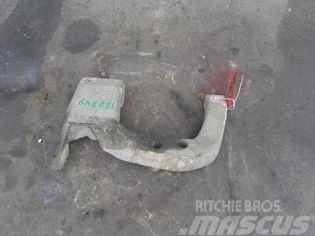 Mercedes-Benz Atego MPI Bumper bracket right 9408851331