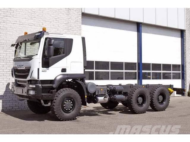 Iveco TRAKKER AT380T42WH 6X6 CHASSIS CABIN