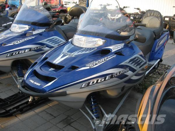 Polaris EDGE Touring 550 2004 snowmobile