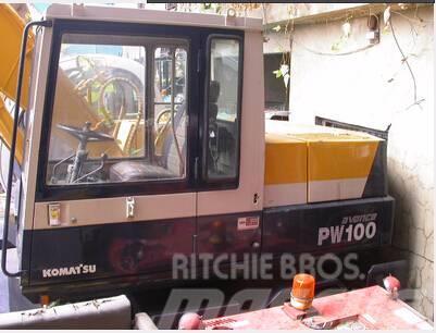 Komatsu PW100-3A