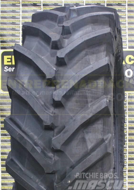 Trelleborg M800 600/65R38 + 480/65R28 däck