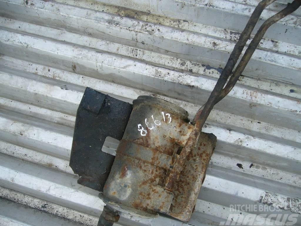 Scania 144 oil filter corpus