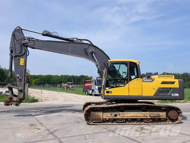 Volvo EC220DL (GOOD WORKING)