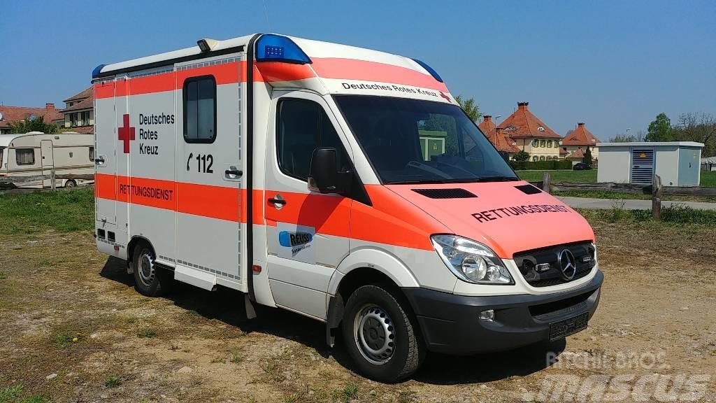 Mercedes-Benz Sprinter Ambulance Rettungswagen 316