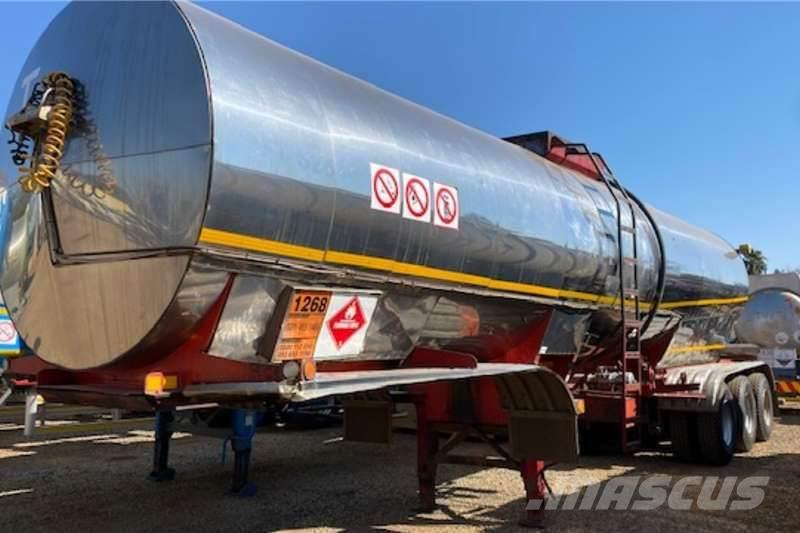 [Other] SA Road Tanker D&M Tri Axle Oil Clad Tanker Traile