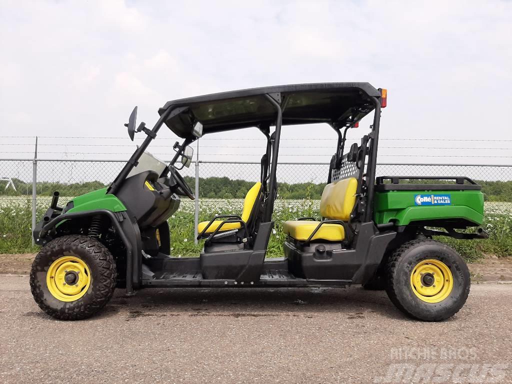 John Deere Gator XUV 550 S4