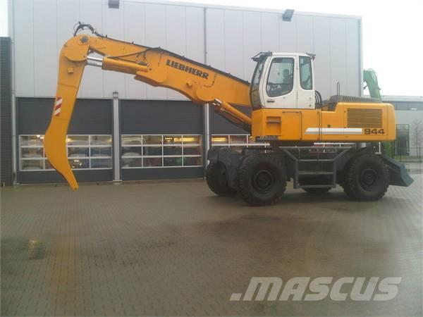 Liebherr A 944 C-HD Pick&Carry