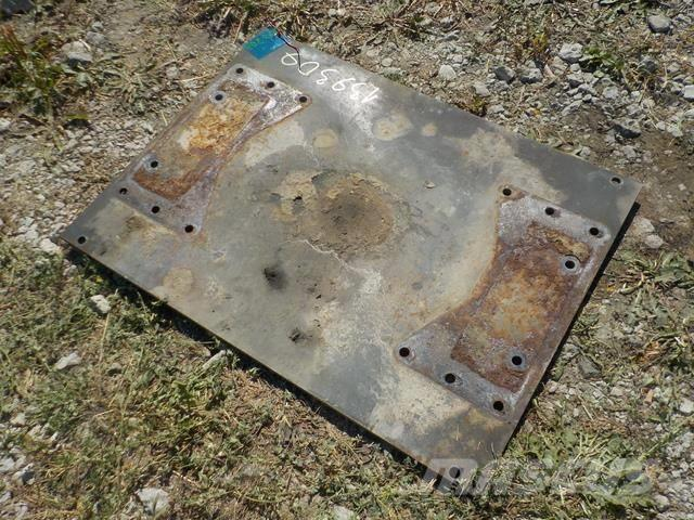 Iveco Stralis Drilled mounting plate 7DYT001151478