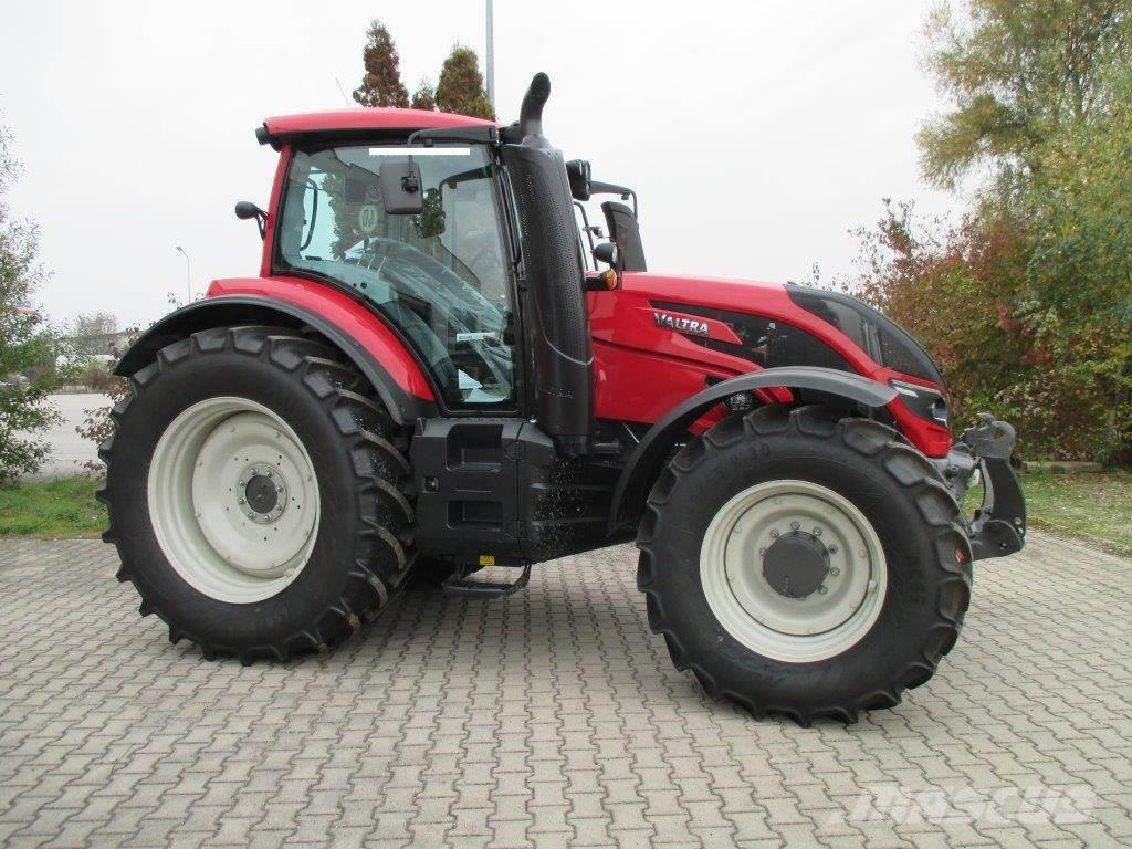 Valtra T234Active