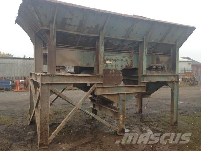 Brown Lenox 1100 x 4300 mm Feeder & Hopper