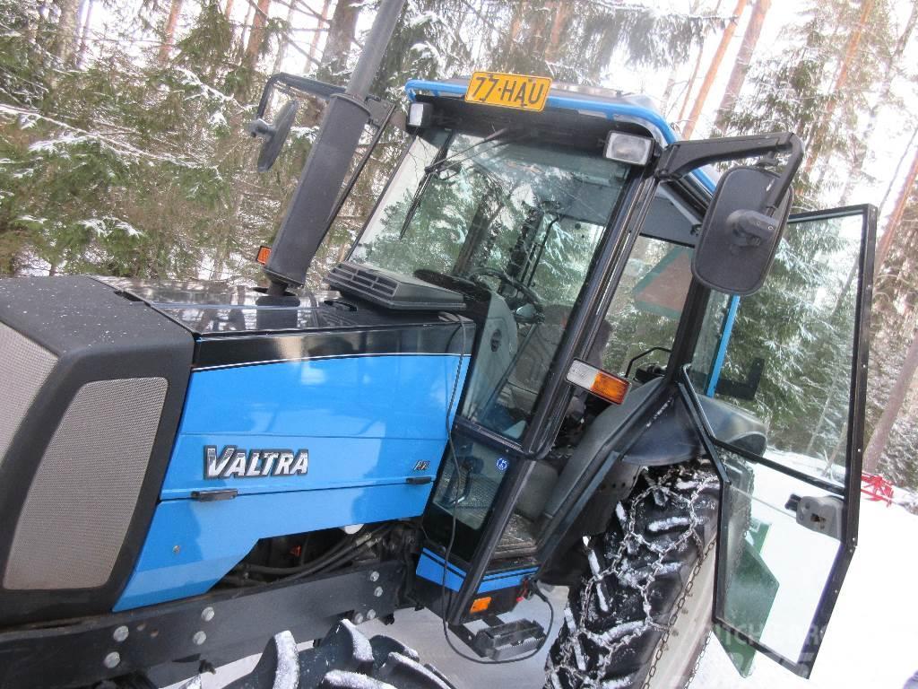 Valtra A75