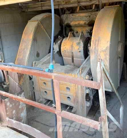 Weserhütte 1200x950 mm Primary crusher system