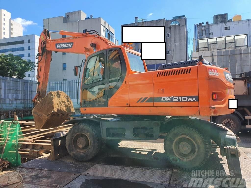 Doosan DX 210 WA
