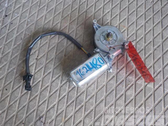 Renault Premium II Window regulator motor left 5001833182